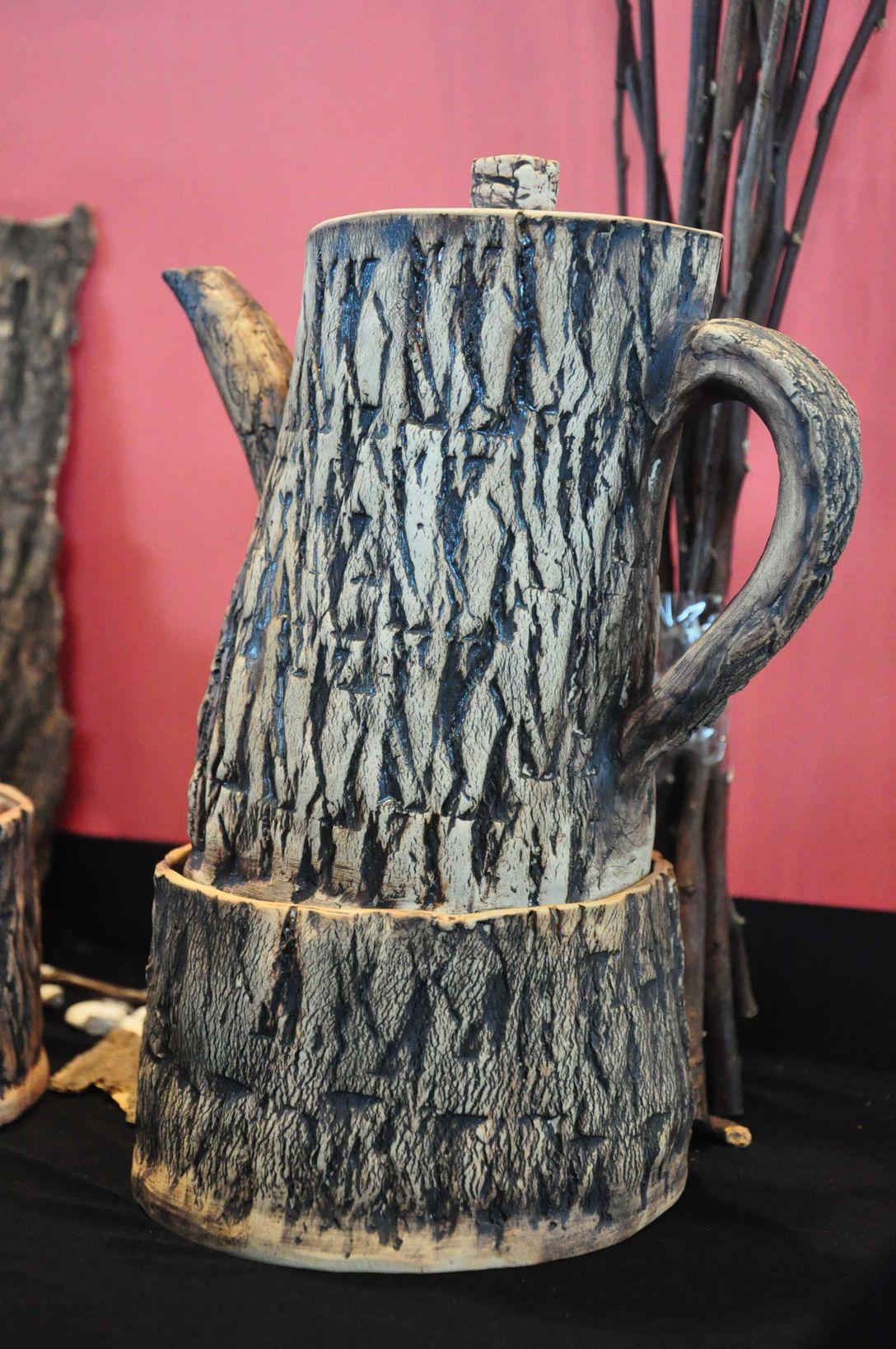 pottery art ชุดน้ำชารูปทรงลาย